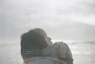 肌寒い朝の写真・画像素材[1553023]