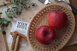 焼きリンゴの準備の写真・画像素材[1202723]