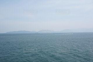 水の大きな体の写真・画像素材[1202726]