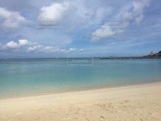 晴れたビーチの写真・画像素材[1202845]
