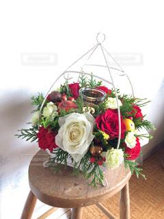 薔薇のフラワーアレンジメントの写真・画像素材[1208737]