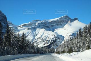 山に降り積もる雪が素敵の写真・画像素材[1532480]