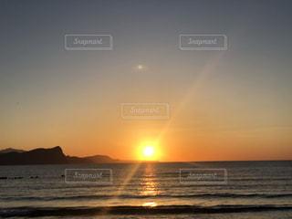 沈む夕日の写真・画像素材[3359127]