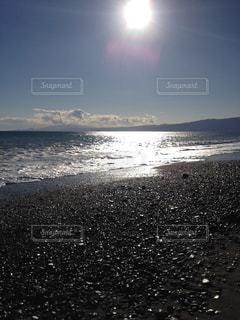 太陽と海岸の写真・画像素材[1209345]