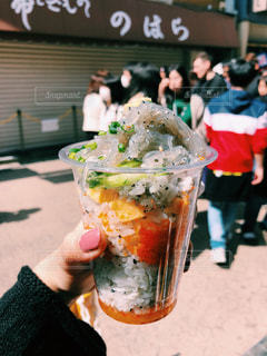 ミルフィーユ海鮮丼の写真・画像素材[1208969]