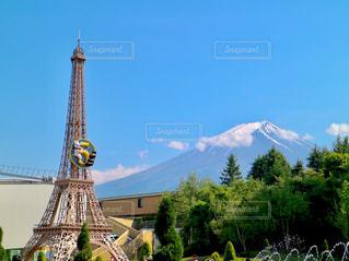 富士山とエッフェル塔(リサガス)の写真・画像素材[1240048]