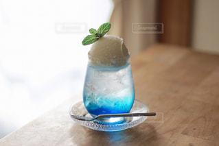 青いクリームソーダの写真・画像素材[1226511]
