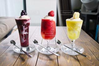 フルーツを使ったクリームソーダの写真・画像素材[1226597]