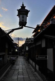 風情ある京都の小路の写真・画像素材[1229512]