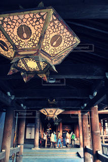 歴史ある京都の寺に旅行の写真・画像素材[1229513]