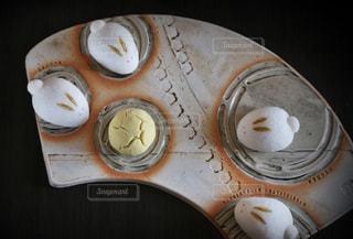 お月見してるうさぎの和菓子の写真・画像素材[1278920]