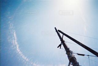 やる気がみなぎる空の写真・画像素材[1215115]