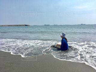 みんな元気かな?inビーチの写真・画像素材[1230529]