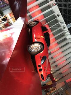赤い車の写真・画像素材[1260700]