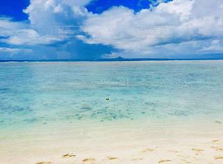 海の隣の水域の写真・画像素材[2371853]
