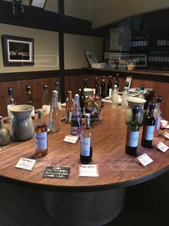 ワインのテイスティングの写真・画像素材[1222544]