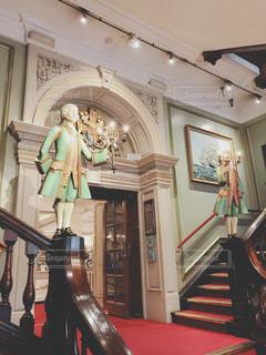 フォートナム&メイソンの階段の写真・画像素材[1232064]