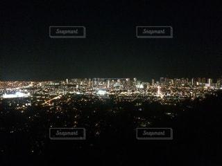 夜の街の景色の写真・画像素材[1222306]