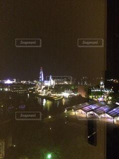 夜の街の景色の写真・画像素材[1240786]
