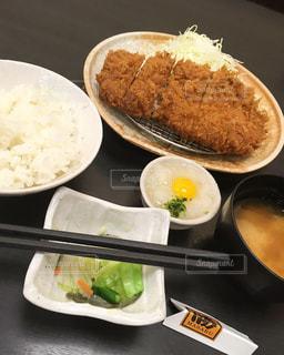 スタミナかつ定食😋の写真・画像素材[1485079]