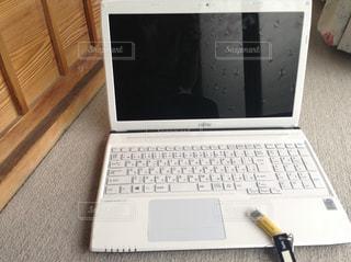 ノートパソコンの写真・画像素材[1236143]