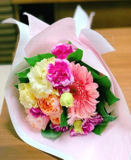 会社退職のときにもらった花束の写真・画像素材[1695027]