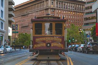 サンフランシスコのケーブルカーの写真・画像素材[1224871]