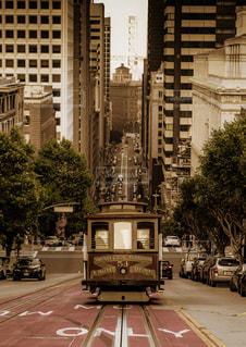 サンフランシスコのケーブルカーの写真・画像素材[1225098]