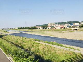 河原で散策の写真・画像素材[1226018]