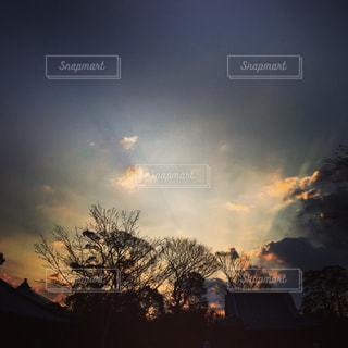 朝焼けの雲の写真・画像素材[1227150]