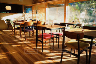 日当たりの良いカフェの写真・画像素材[1227210]