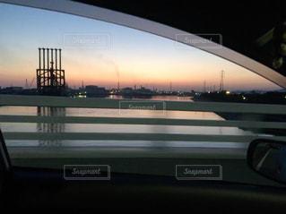 夜の街の景色の写真・画像素材[1228283]
