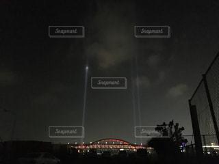 夜の街の景色の写真・画像素材[1230699]
