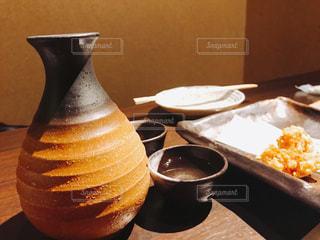 おちょこで日本酒の写真・画像素材[1234467]