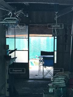 部屋の椅子の写真・画像素材[1232258]