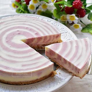 ラズベリーレアチーズケーキの写真・画像素材[1268513]