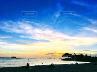 夕暮れのビーチパークの写真・画像素材[1414551]