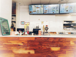 ロコが通う人気のパンケーキレストランの写真・画像素材[1682762]