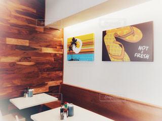 ロコが通う人気パンケーキレストラン。。の写真・画像素材[1682979]