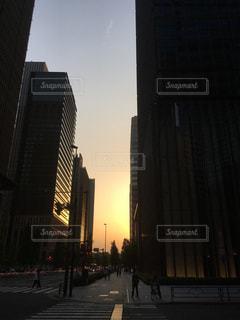 東京大手町の夕暮れの写真・画像素材[1237944]