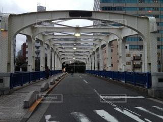 都心の小さな古い鉄橋の写真・画像素材[1360427]