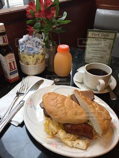 ニューヨークのカフェの朝食の写真・画像素材[1780369]