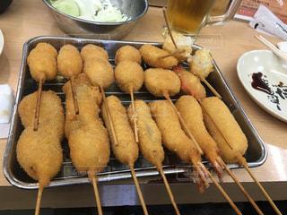 大阪、新世界ジャンジャン横丁のだるまにての写真・画像素材[1311907]