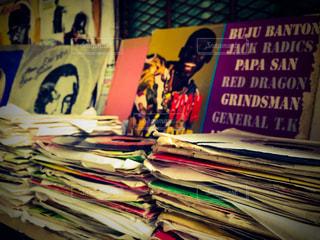 Record shop in Kingstonの写真・画像素材[1242504]