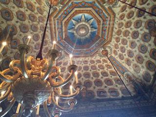 宮殿の天井の写真・画像素材[1242338]