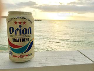 海とオリオンビールの写真・画像素材[1369875]