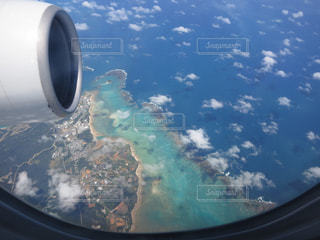飛行機の窓の表示の写真・画像素材[1260898]