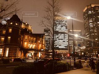 夜の街の眺めの写真・画像素材[2996142]