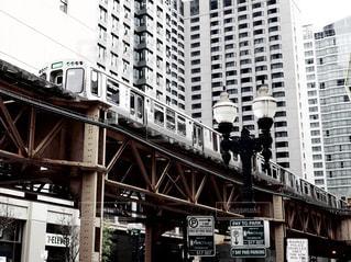 シカゴの電車の写真・画像素材[1243702]