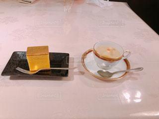 なんて贅沢な!私の朝ごはんの写真・画像素材[1243770]